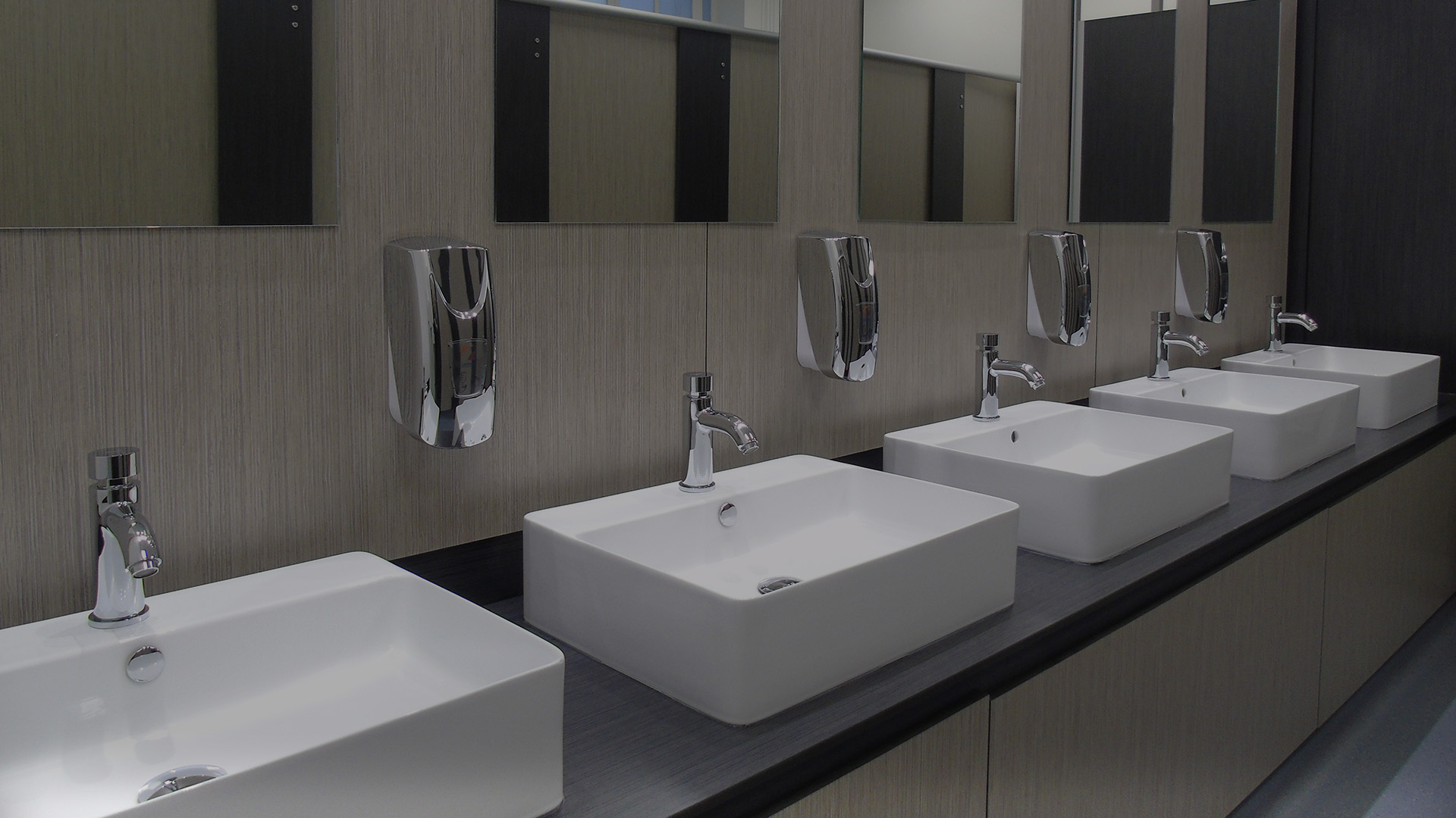 Stevens Washrooms - Commercial Washrooms Cubicles Urinals Installation Refurbishment - London Nationwide