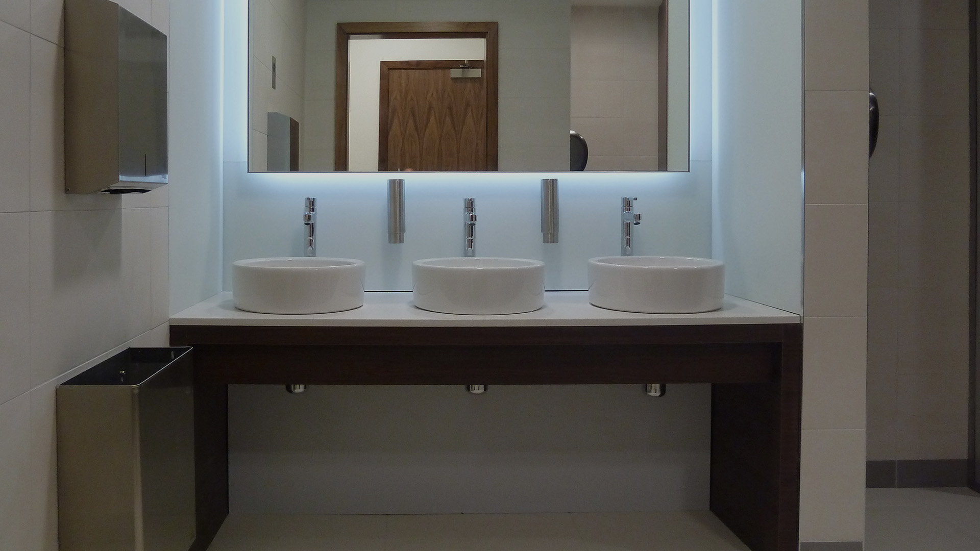 Stevens Washrooms - Commercial Washrooms Cubicles Urinals Installation Refurbishment - Nationwide and London