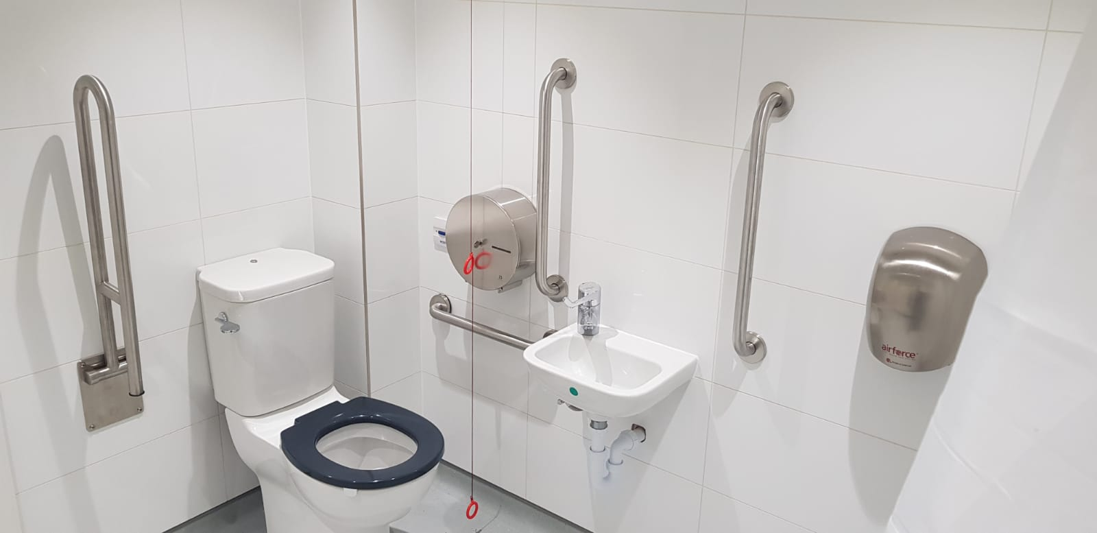 Bespoke NHS and healthcare installations from Stevens Washrooms